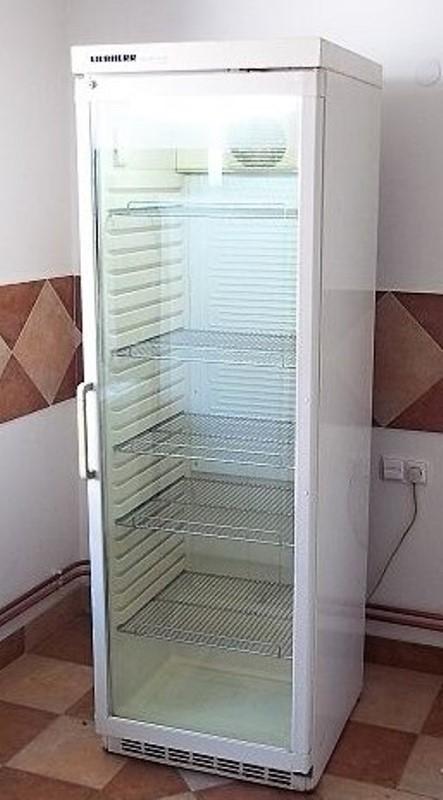 купить Холодильный шкаф для напитков Liebherr UKS 4302 Украина фото 2