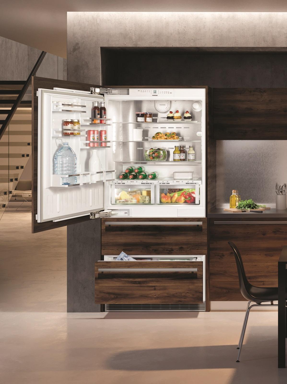 купить Встраиваемый двухкамерный холодильник Liebherr ECBN 6156 617 Украина фото 3