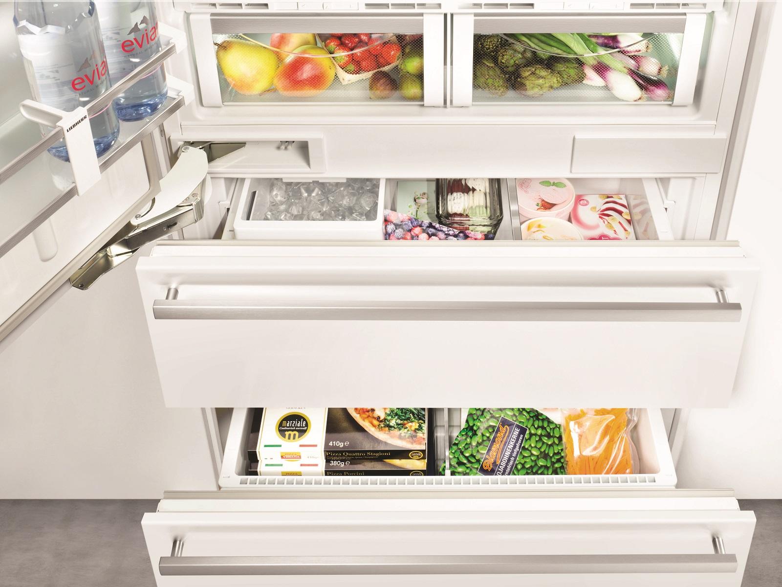 купить Встраиваемый двухкамерный холодильник Liebherr ECBN 6156 617 Украина фото 6