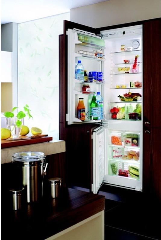 купить Встраиваемый комбинированный двухкамерный холодильник Liebherr ICBN 3056 Украина фото 2